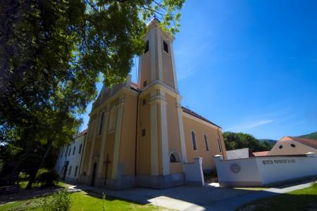 Szent Mauríciusz Monostor Bakonybél